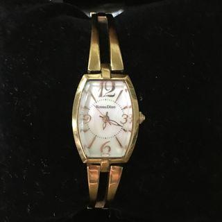 Roven Dino 羅梵迪諾金色手鏈型氣質手錶