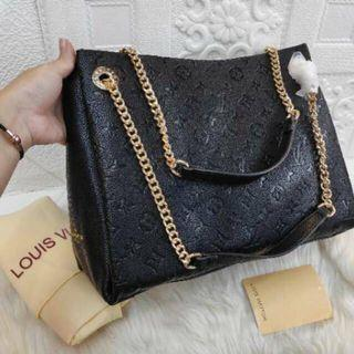 (nomor seri) LV Surene embos bag semi authentic black louis vuitton
