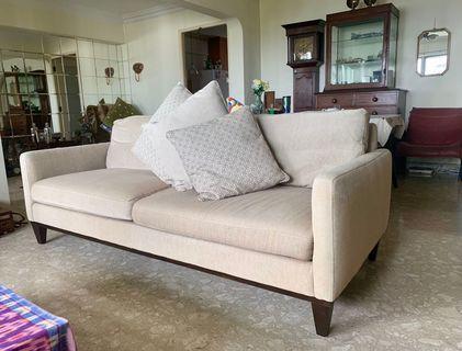 🚚 Taylor B 3 seater sofa