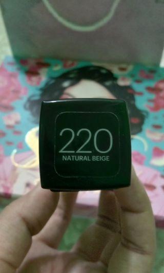 Fit Me Foundation 220 Natural Beige