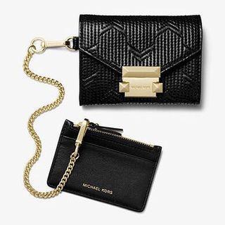 MICHAEL KORS Whitney Small Deco Quilted Leather Chain Wallet 黑色短銀包/卡包  内裡包含一個可拆的卡片套 起實用‼️ 另有其他色特價🈹‼️