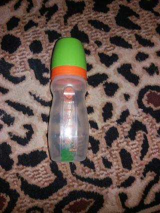Botol Susu tupperware