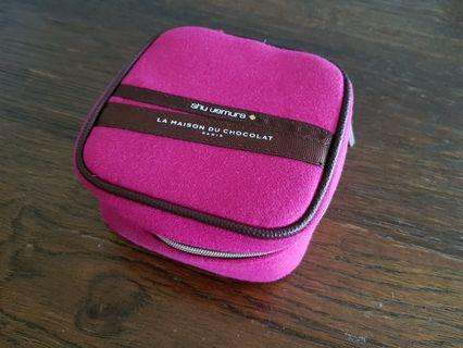 🚚 Shu uemura chocolate collection makeup pouch