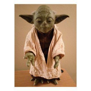 "Star Wars CALL UPON YODA Electronic 12"" Talking Figure"