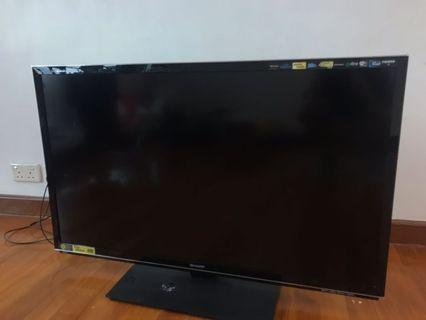 Sharp Aquos Quattron LCD TV