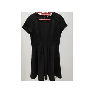 Oasis  Skater with Lace Detailing Black Dress  SzS