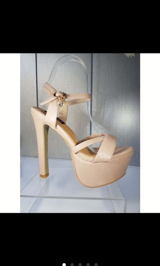 28d09837ea0 heels size 5 | Shoes | Carousell Philippines