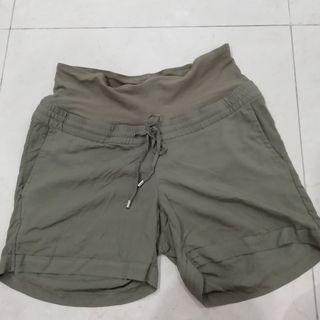 H&M Maternity Sewn InTurn-Up Drawstring with 2 Side Pockets Short Pants Army Green Sz40