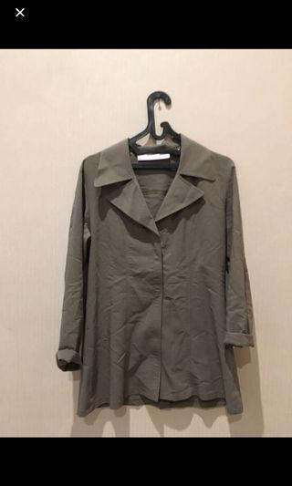 ELYSY'S vintage outer army green