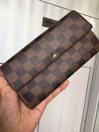 Authentic Lv sarah wallet