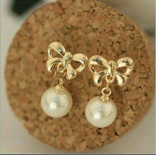 蝴蝶珍珠耳環