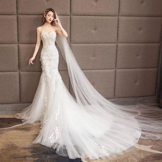 Wedding Gown - Mermaid style, Long Train