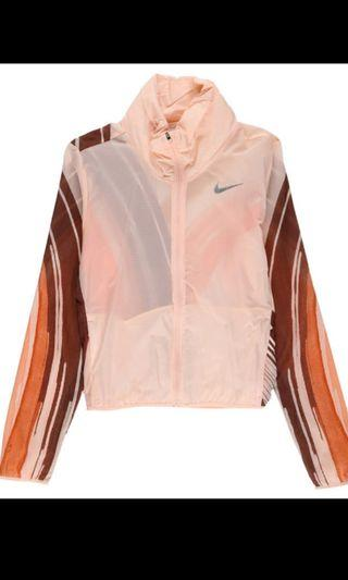 Nike women's packable running jacket!