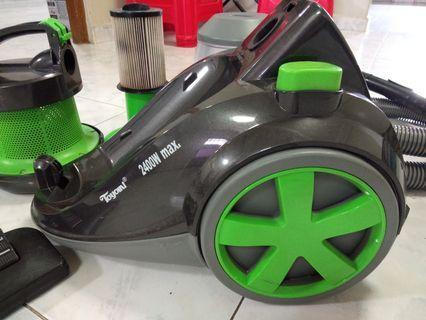 Toyomi vacuum cleaner 2400w bagless