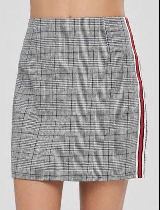 🚚 Checkered Mini Skirt