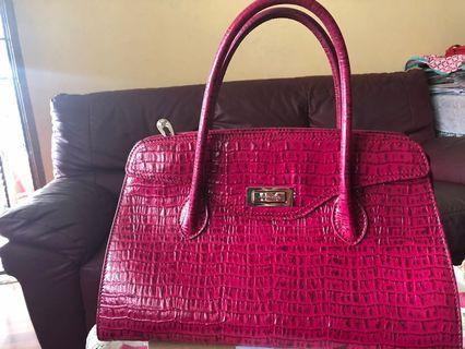 🚚 Tocco Toscano Leather handbag