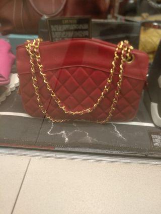 Vintage Chanel 紅色😍😍超靚新淨95%,已在店鋪中大家可前來看袋🤗🎉🎉