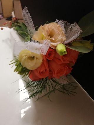 ROM flower bouquet