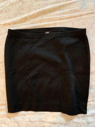 Black Plain Skirt (H&M)