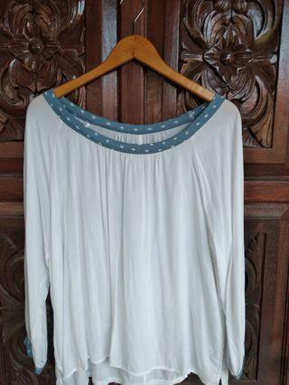 Blouse Bigsize Putih Biru Muda