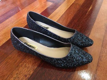 Flat Shoes Labuci Vinci
