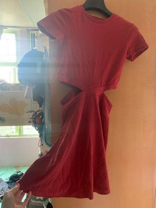 西瓜紅色露腰連身裙
