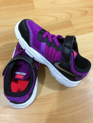 正版NIKE 15公分紫黑色童鞋
