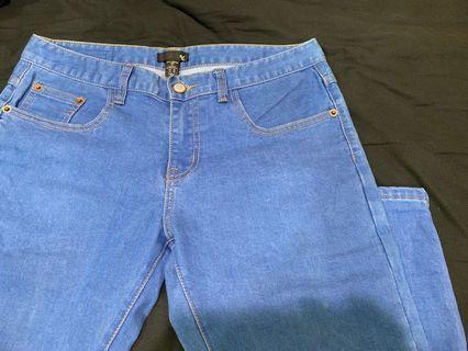 原色窄版牛仔褲