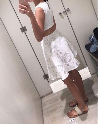 White Floral Lace Textured Grad Dress