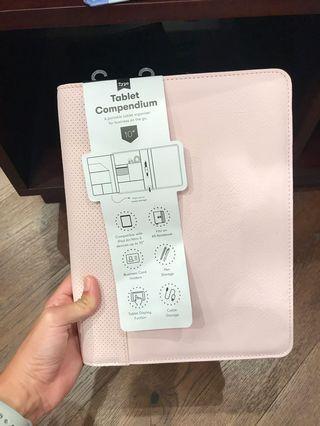 TYPO tablet sleeve/case