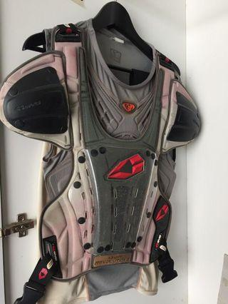 EVS Off-road Body Armor *Clearing*