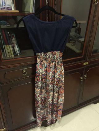 藍色碎花異材質拼接縮腰洋裝