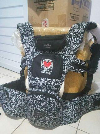 Cocolatte X Keith Haring Hipseat Carrier Black White