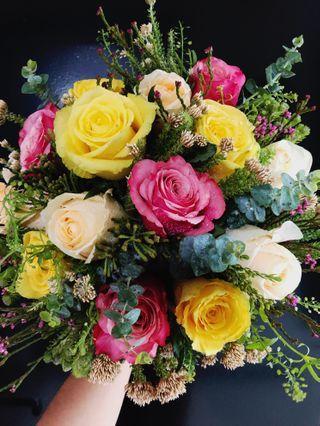 Hand Bouquet / Fresh flower / Rustic Wedding