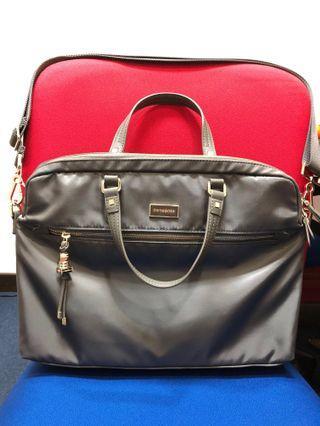 🚚 Samsonite Karissa Biz laptop bag