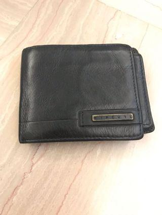 🚚 Ripcurl leather wallet