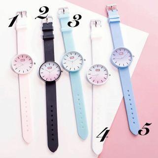 🚚 櫻花粉色女生腕錶