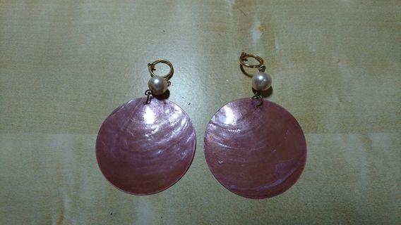 淡紫貝殼耳環