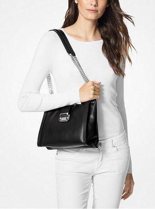MICHAEL KORS Whitney Small Leather Shoulder Bag 黑色手袋 好高貴!