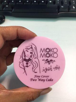 Moko Moko Fine Cover Two Way Cake