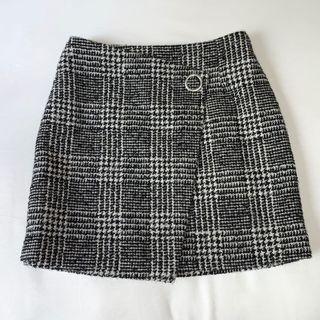 Tweed gingham buckle skirt