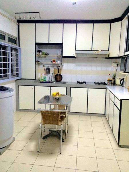 228 PASIR RIS STREET 21 MASTER ROOM FOR RENT