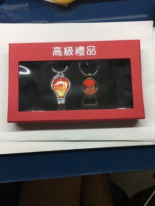 上海明珠塔開瓶器及指甲鉗