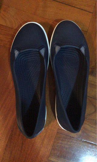 Cros 鞋