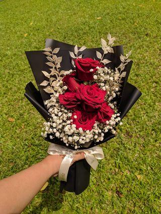Red Roses w/ Baby Breath Bouquet | Mixed Fresh & Dried Flowers