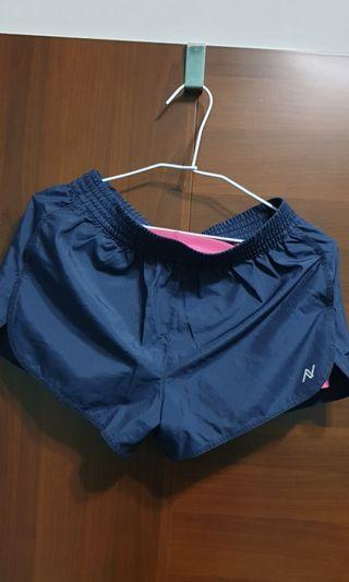 🚚 運動短褲