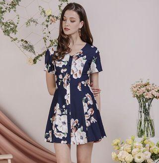TTR THETINSELRACK Rico Button Dress (Navy Florals)