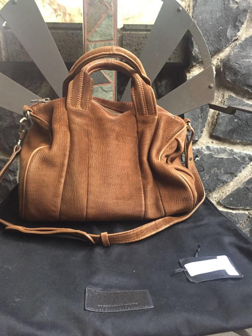 Jual MCM mini backpack cognac DKI Jakarta FW original | Tokopedia