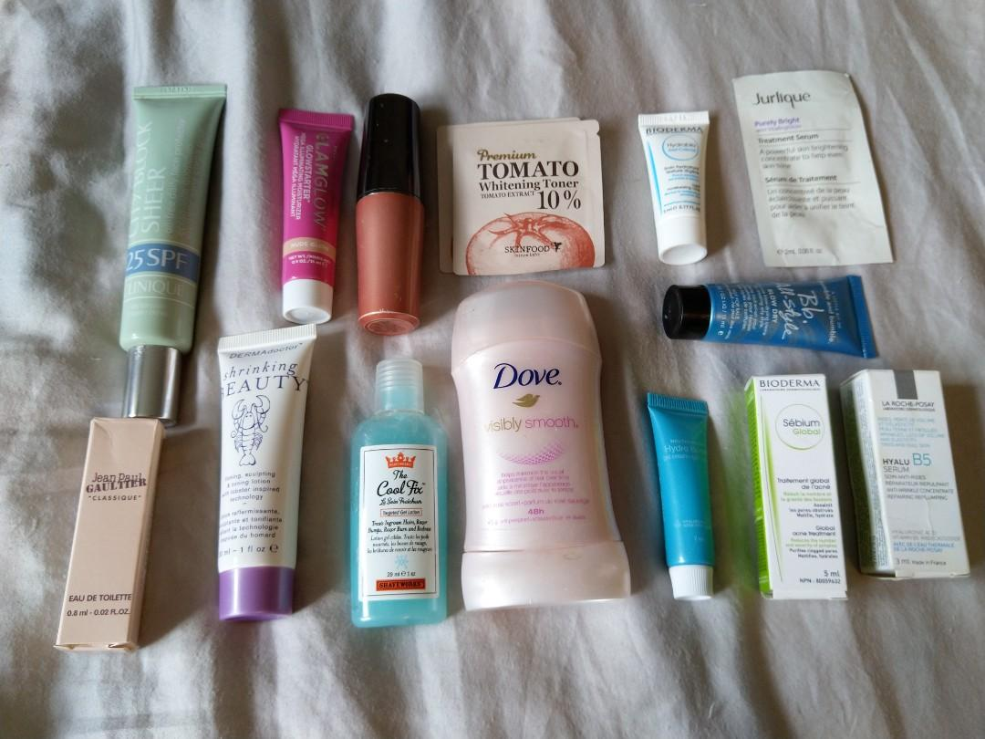 Assorted toiletries & samples (free with a purchase over $30)