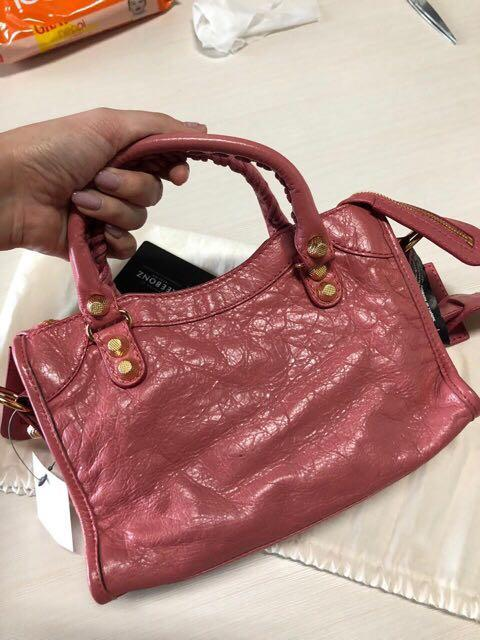 Authentic Balenciaga mini city rebonz with serial number & Complete set❤️